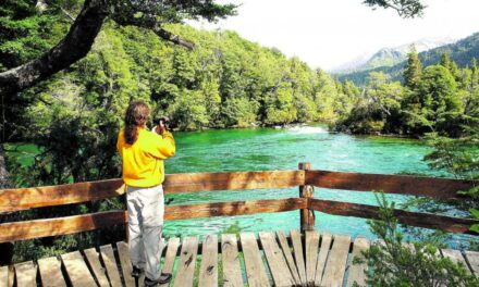 Esquel: reabrió del Parque Nacional Los Alerces